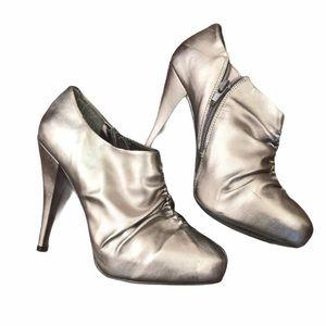 Stiletto Steve Madden Platform Silver Ankle bootie